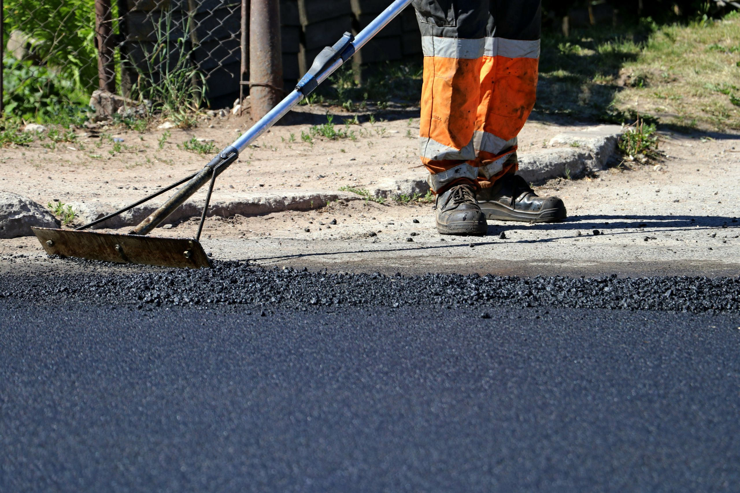 sealcoating by paving companies lakemoor